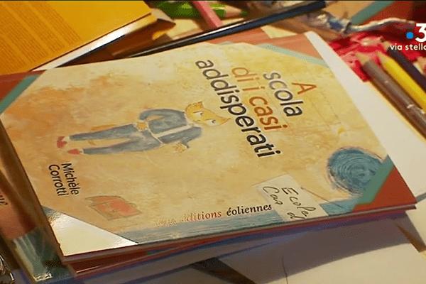 A scola di I casi addisperati (L'école des cas désespérés), Michèle Corrotti (éditions éoliennes)