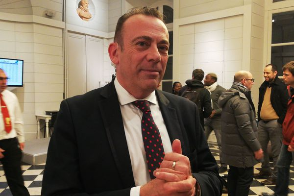 Avec 55% des voix exprimées, Marc Gricourt est réélu maire de Blois