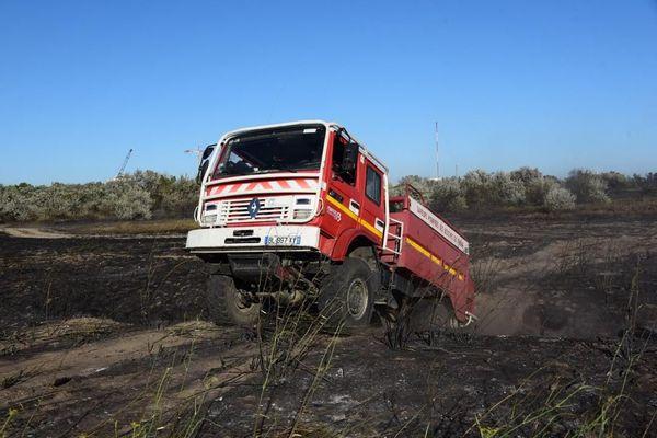 Marécages et terrain accidenté pour les pompiers