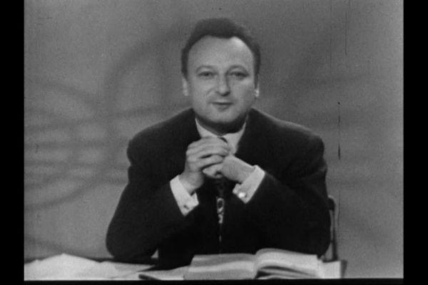 """Extrait de """"Lecture pour tous"""" du 27 mai 1954"""