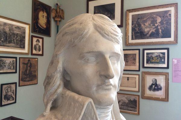 Un buste de Napoléon Bonaparte conservé au musée Noisot à Fixin, en Côte-d'Or.