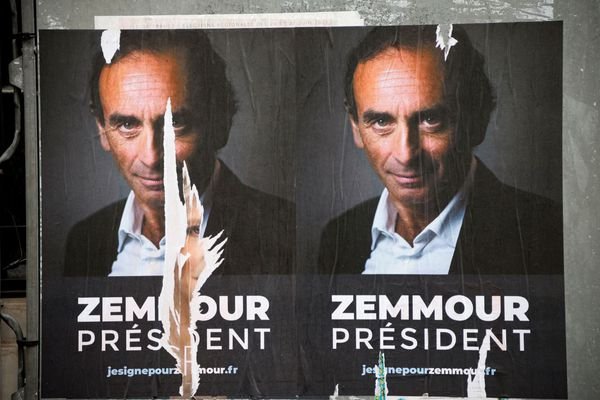 Des affiches en soutien à une candidature d'Eric Zemmour pour l'élection présidentielle de 2022, dans les rues de Paris (illustration).