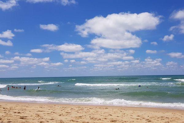 Beau temps sur la plage du Porge