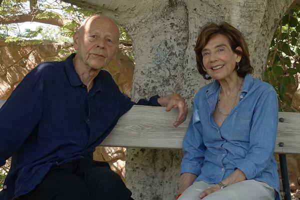 Pierre Michon et la réalisatrice Sylvie Blum dans le désert du Néguev en Israël