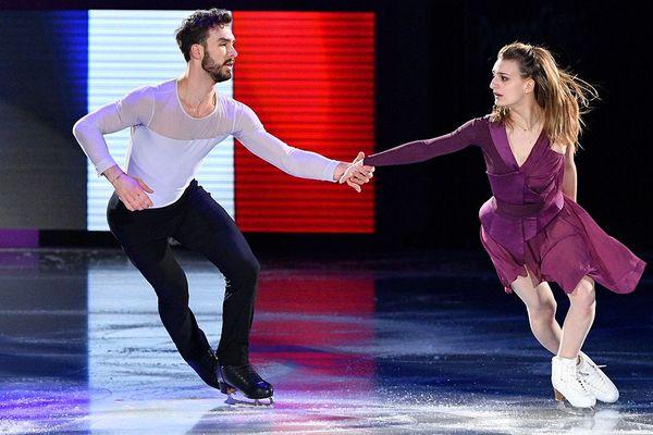 Gabriella Papadakis et Guillaume Cizeron se produisent lors du gala de patinage artistique des Jeux Olympiques d'hiver de Pyeongchang 2018, à l'Anneau de Gangneung le 25 février 2018.