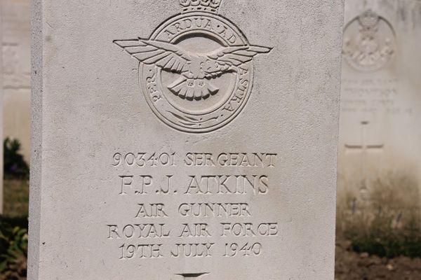La tombe du sergent Frederick Atkins à Boulogne-sur-Mer.