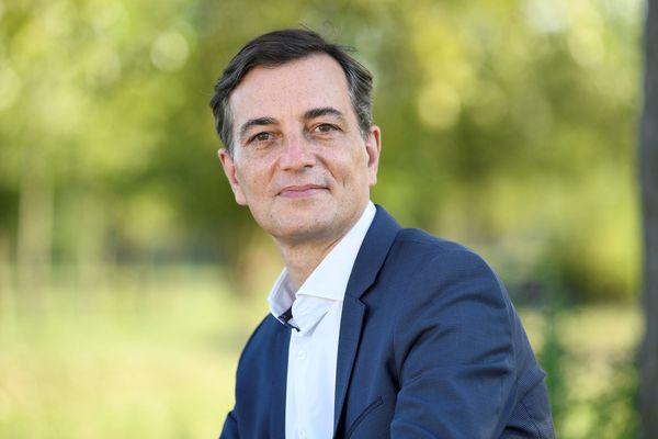 Alain Fontanel est considéré comme l'héritier de Roland Ries, maire depuis 2008.