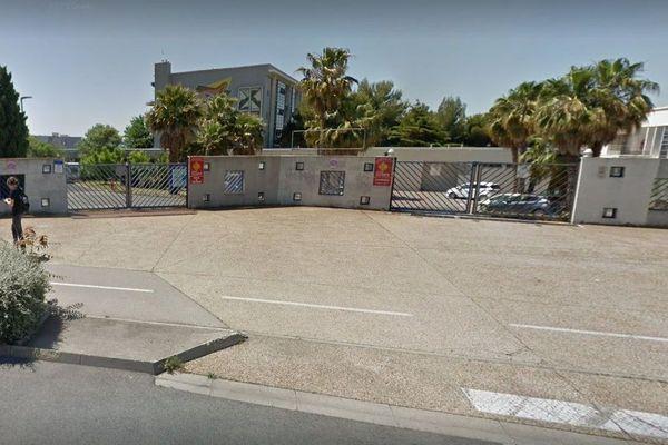Sète (Hérault) - le lycée Joliot Curie - archives