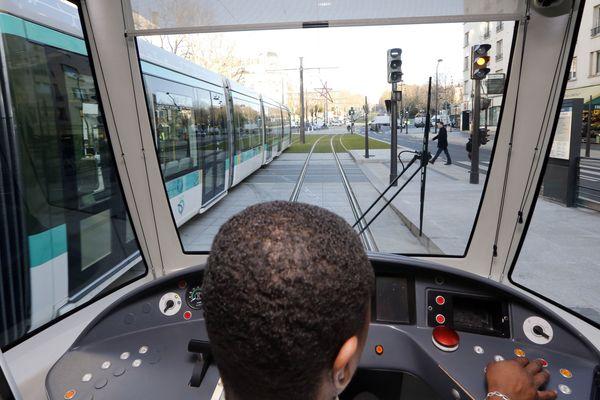 Un rapport interne pointe une hausse des violences à l'encontre des agents RATP comme des voyageurs en 2017.