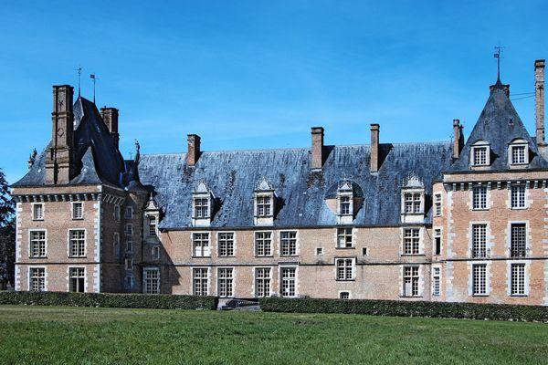 Le Musée du Grès, à Saint-Amand-en-Puisaye (Nièvre)