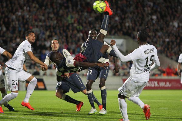 Le Girondins face à Metz hier soir, au stade bordelais.