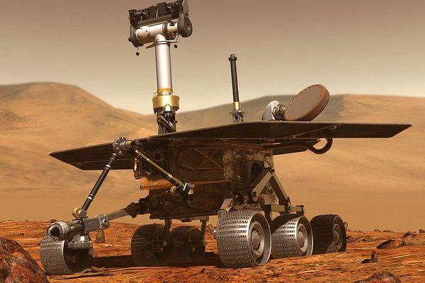 Explorateur Rover pour apprendre à mieux connaître la planète Mars