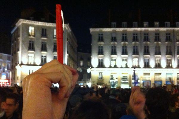 Un crayon pour dénoncer la barbarie