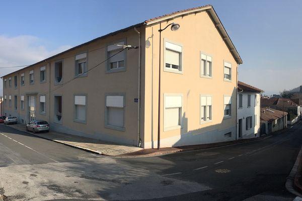 Dans cet immeuble au 4 rue des amouries à Mazamet se trouvent sept sociétés civiles immobilière appartenant à Sebastian Celea et ses proches.