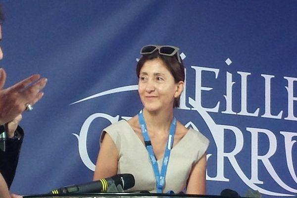 Ingrid Betancourt apporte son soutien à l'association Otages du Monde présente aux Vieilles Charrues