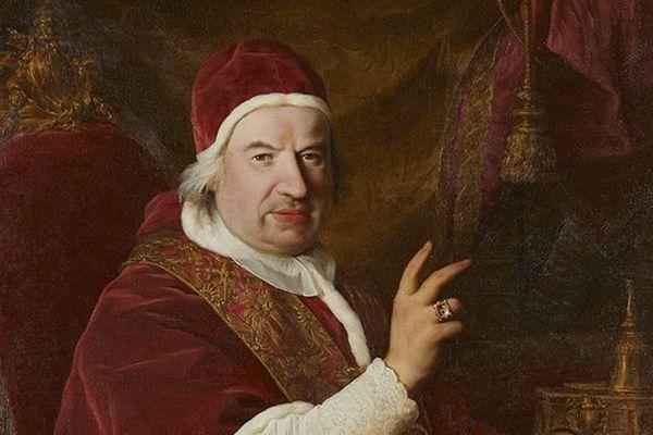 Benoît XIV a été le 247e pape de l'Eglise catholique, de 1740 à 1758, et de nombreuses iconographies lui sont consacrées.