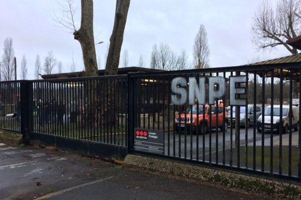 L'entrée du site SNPE à Angoulême ce matin.