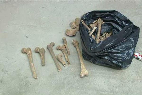 Des ossements qui datent du 15e siècle ont été découverts sur un chantier. Dijon, le 15 décembre 2016.