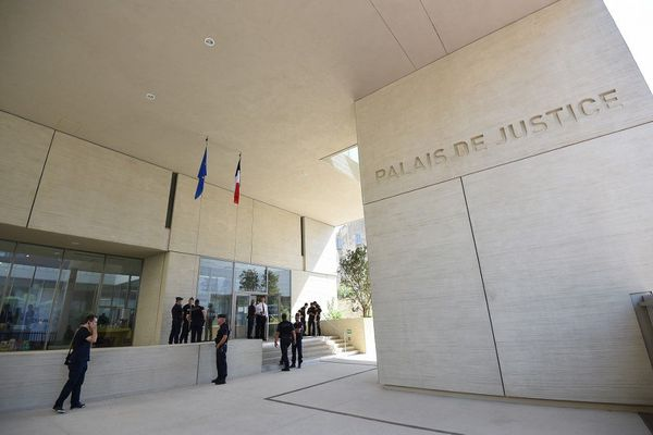 Le palais de justice de Béziers, dans l'Hérault.