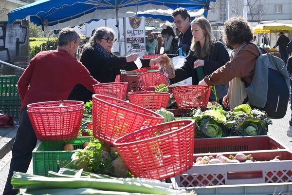 Les marchés de plein air devront-ils tous fermer ?
