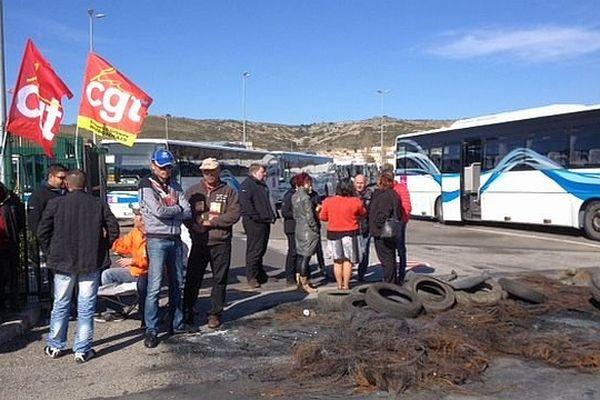 Narbonne (Aude) - grève des employés du réseau Citibus - 10 mars 2014.