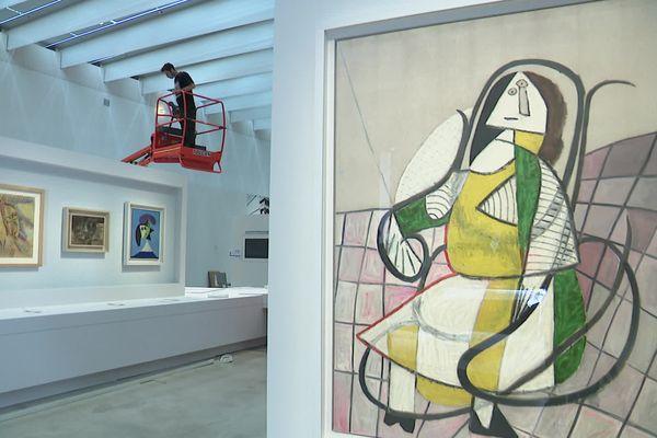 Les préparatifs de l'exposition Les Louvre de Picasso, ouverte dès ce week-end au Louvre-Lens.