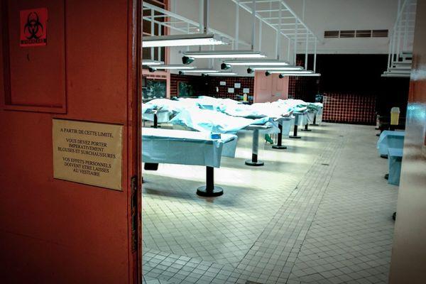 Des corps dans une salle de dissection de la fac de médecine de Paris-Descartes (illustration : archive datant de janvier 2001).
