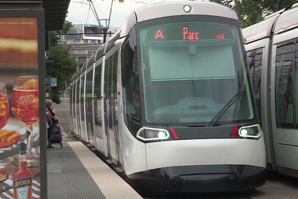 Une première en France : dès le 1er septembre, les transports en commun seront gratuits pour les moins de 18 ans dans l'Eurométropole de Strasbourg.