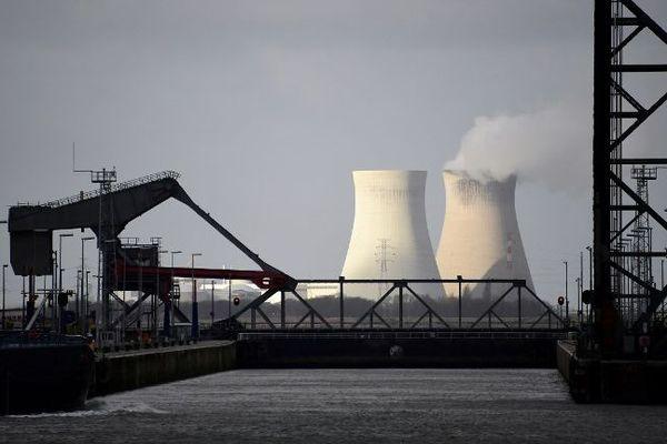 L'une des centrales nucléaires de Doel, en Belgique.