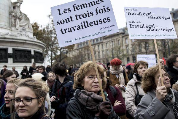 Un rassemblement contre les inégalités salariales avait déjà eu lieu à Paris le 7 novembre.
