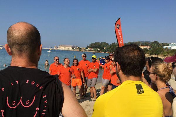 Ce dimanche 30 juin, la SNSM d'Ajaccio a organisé pour la première fois une course de paddle, sur la plage du Ricantu, dans le cadre de ses journées nationales.