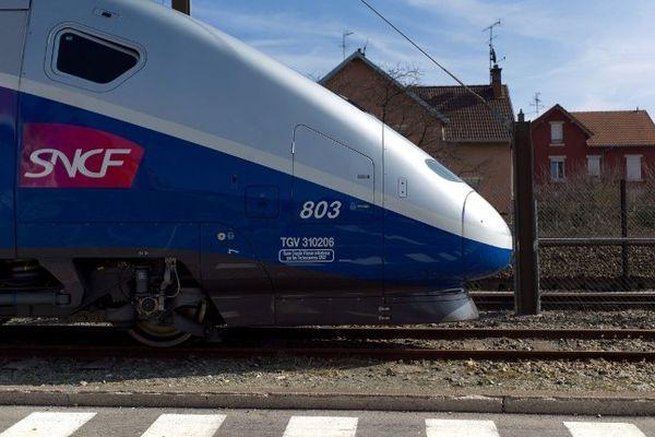 Michel Jau préfet de la région Limousin a annoncé mardi 30 avril la signature de la mise en enquête publique de la LGV Limoges-Poitiers