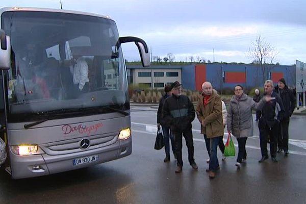 Un car est parti de Besançon pour le meeting parisien de François Fillon