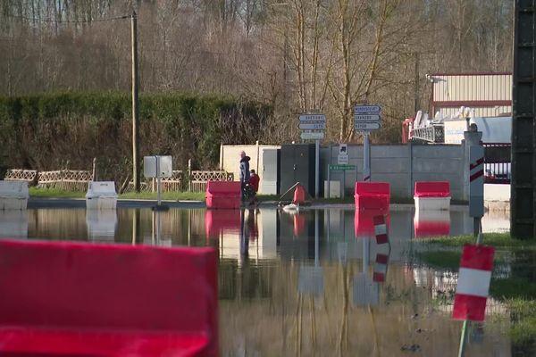Depuis bientôt deux semaines, une partie du village d'Appily dans l'Oise a les pieds dans l'eau.
