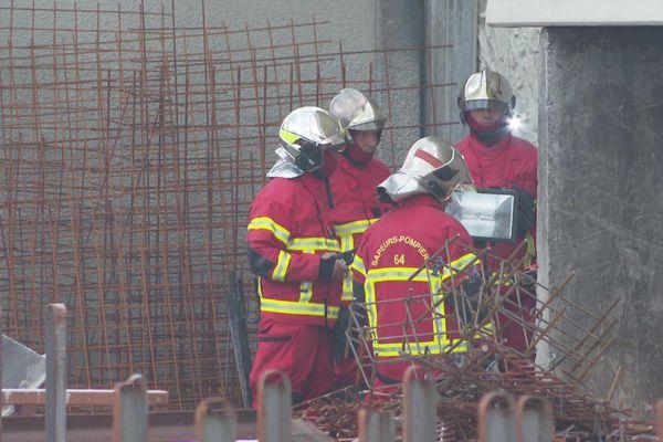 Les hommes du feu ont réussi à contenir le feu sur 300 mètres carrés dans cette entreprise s'étalant sur 3500 mètres carrés