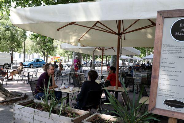 Malgré la réouverture des restaurants, les difficultés financières sont difficiles à surmonter pour le secteur.