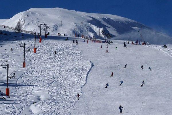 Les skieurs devront encore attendre pour dévaler les pentes des Pyrénées