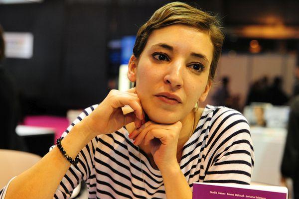 """La journaliste Nadia Daam (ici dans un salon littéraire en 2012), qui travaille aujourd'hui sur Arte, a rappelé à la barre le calvaire subi après ce """"raid numérique""""qui l'a contrainte à déménager et à changer sa fille de collège."""