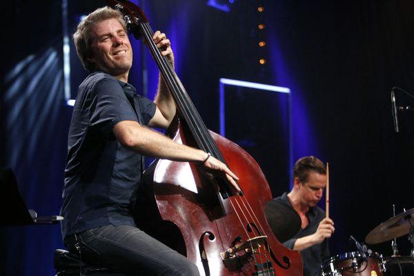 Le musicien Kyle Eastwood, ici à Jazz in Marciac en 2016, est à nouveau à l'affiche de cette édition 2021.