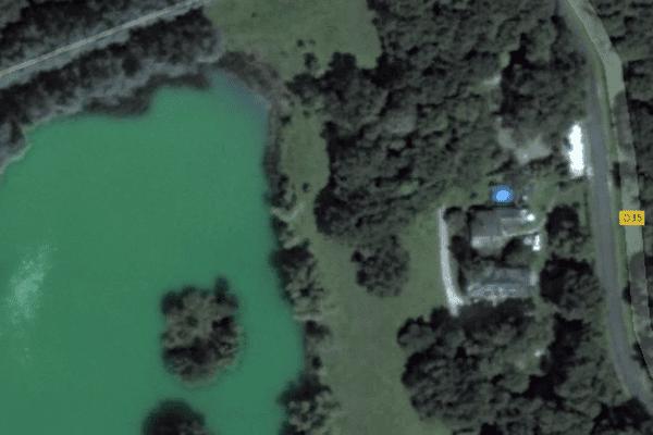 Vue aérienne du château de la Brûlerie à douchy