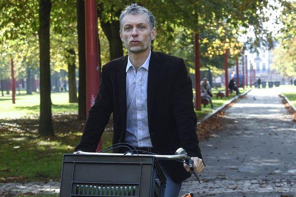 Stéphane Baly, à vélo à Lille, le 25 novembre 2019