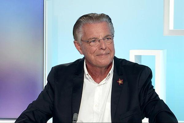 François Nebout pendant la campagne électorale des municipales 2020