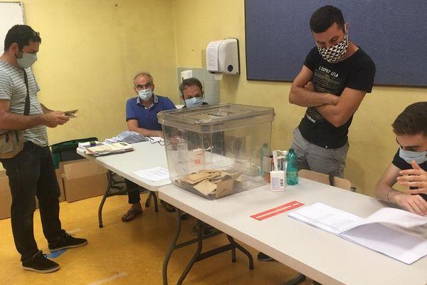 Les bureaux de vote ferment à 18h00. A 20h00 pour Strasbourg.