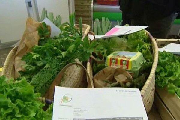 Fruits, légumes, viande, huile et produits laitiers sont à commander en ligne et à retirer en points relais