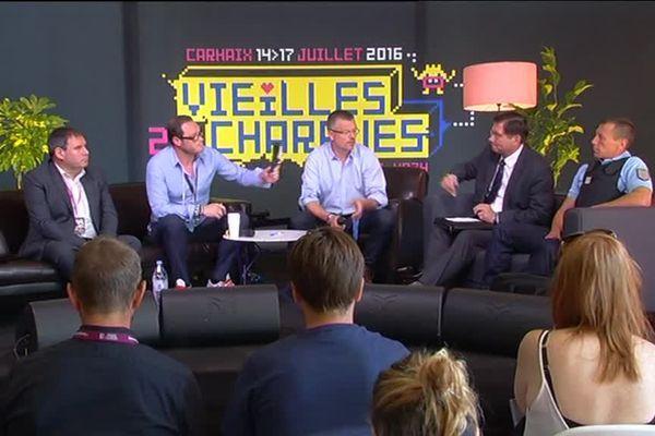 Conférence de presse des organisateurs, du sous-Préfet et de la gendarmerie