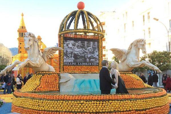 La Dolce Vita au milieu des oranges et des citrons.