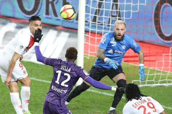 Toulouse a fait les frais de la première victoire à domicile de Monaco cette saison.