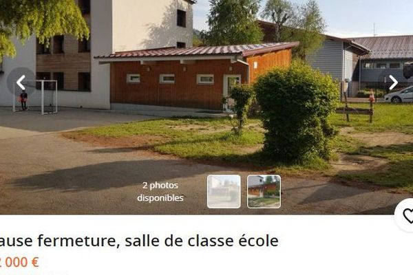 """L'annonce est parue dans le Bon Coin. La classe menacée est """"mise en vente"""" à 82 000 euros."""