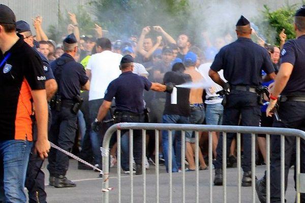 Des incidents avaient éclaté entre des supporters et les forces de l'ordre en marge du match Bastia-OM