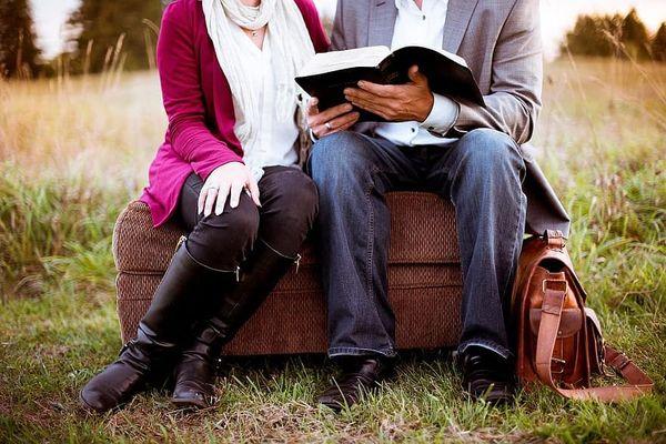 """Prendre le temps de partager la passion pour la lecture avec """"Libraire à l'air libre"""""""